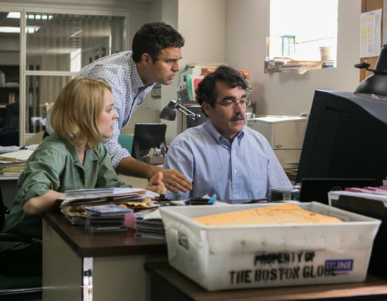 "Rachel McAdams, Mark Ruffalo and Brian d'Arcy James star in a scene from the movie ""Spotlight."" The Catholic News Service classification is A-III -- adults. The Motion Picture Association of America rating is R -- restricted. Under 17 requires accompanying parent or adult guardian. CNS photo/Open Road Films"
