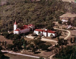 This historic aerial view shows the classroom building of Villa Maria Academy, left, and Marian Hall. The classroom building burned down in 1969, and Marian Hall still stands today. Courtesy Villa Maria
