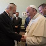 Pope offers early new year greetings to world's Jewish communities