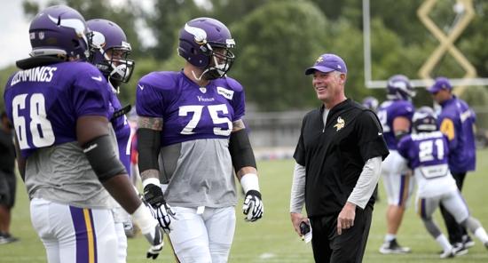 Minnesota Vikings coach brings faith to the field
