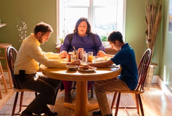 "Josh Lucas, Chrissy Metz and Marcel Ruiz star in a scene from the movie ""Breakthrough."" The film, opening April 17, is the story of prayer and faith of a mother who, against all odds, believes that God will heal her 14-year-old son and restore him to health after he falls through ice on a frozen lake and is deprived of oxygen for 20 minutes, is without a pulse for 45 minutes and shows no signs of life at the hospital. CNS photo/Fox"