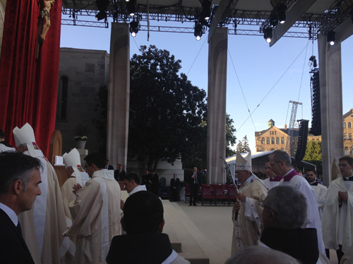 Father Christopher Seibt sends dispatches from DC as he helps to MC papal Mass