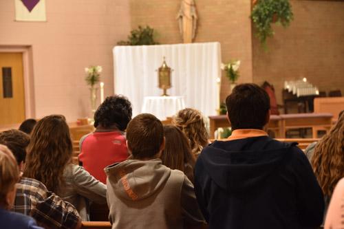 DSC 0027 1 - Holy Thursday 'church hopping' with IHM & SJW