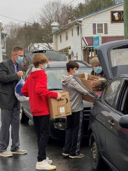 image007 - Pack those cars: Southern Tier church, club tackle hunger