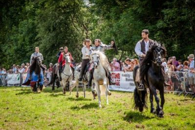 016 The Cavalry of Heroes performing Cavalry Through the Ages Trick Riding horse show at Kinver Country Fair 2017 Romans, Knights and Highwayman on Horses