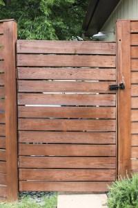Modern Horizontal Fence | THE CAVENDER DIARY