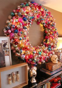 Vintage Ornament Wreath | THE CAVENDER DIARY