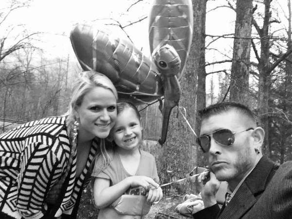 Josh Owens with his ex-girlfriend Amber and daughter Reese Owens