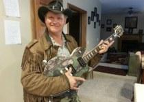 Ernie Brown Jr [Turtleman] wiki_bio, Age, wife, family, children, accident, net worth.