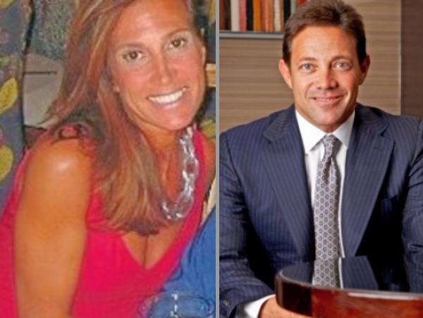 ambulancia Arreglo Dejar abajo  Jordan Belfort first wife, Denise Lombardo Wiki, Bio, Age, Married ...