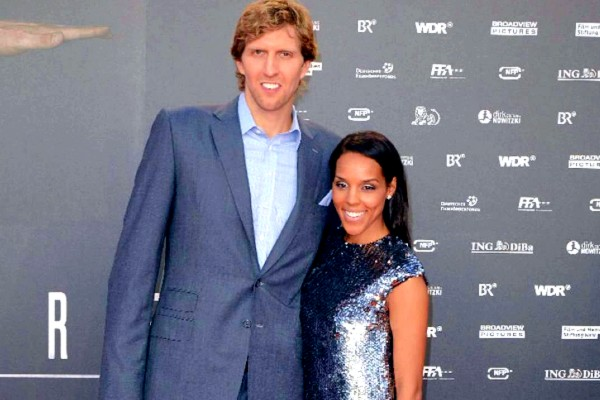 Jessica Olson with his husband Dirk Nowitzki.