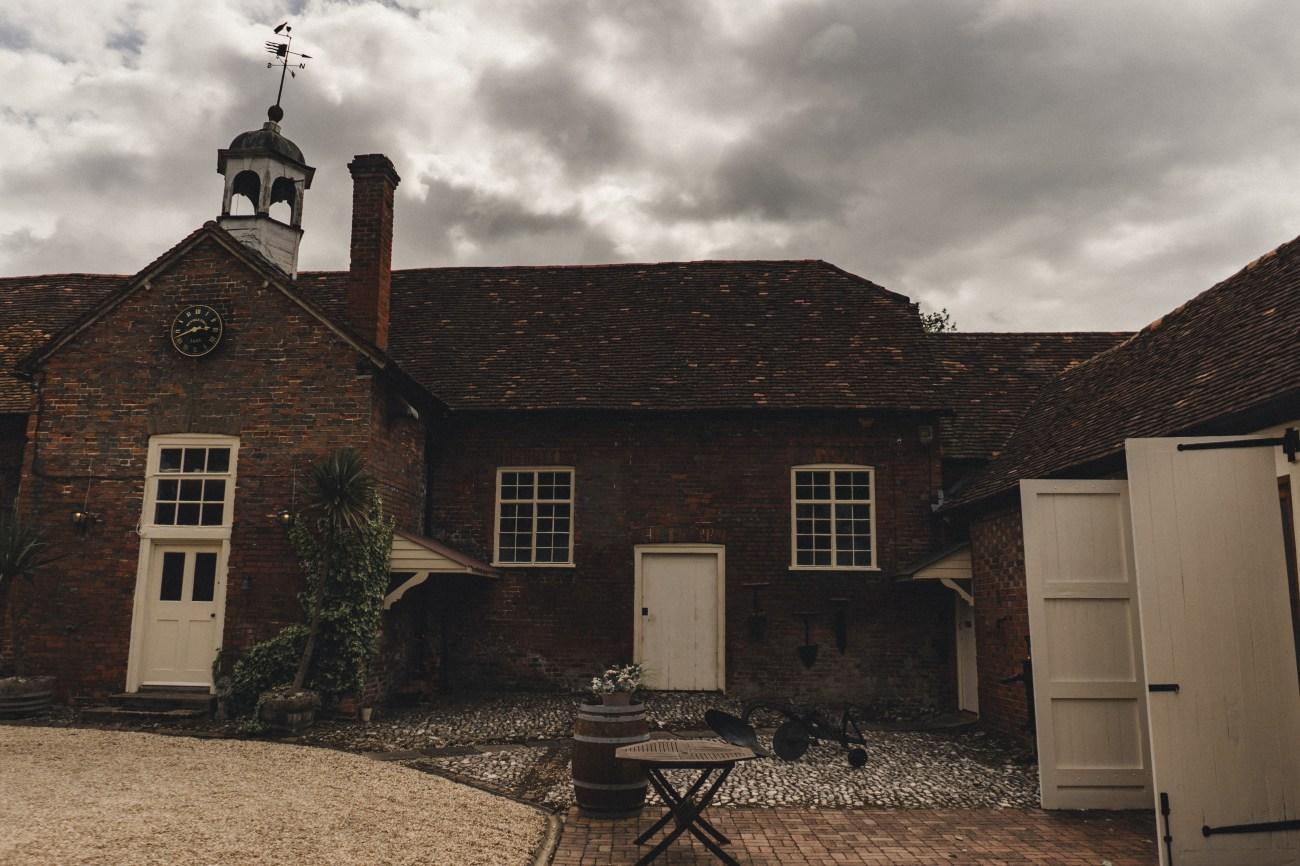 Stanlake Park Wine Estate Wedding Photography, Berkshire | The Chamberlins Wedding Photography | Surrey, UK