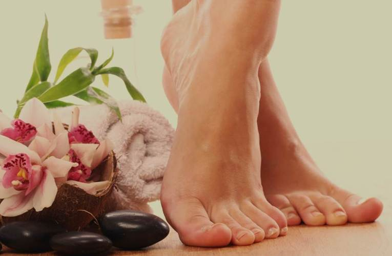 Summer beauty tips for mothers – 4 Amazing DIY foot care remedies