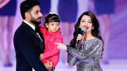 Ashwarya and Abhishek with their daughter