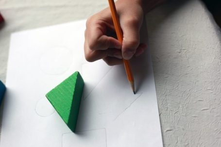 10 Top Tips for Teaching shapes To Kids - The Champa Tree