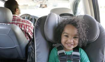 7 Things you should carry in your car while travelling with toddlers