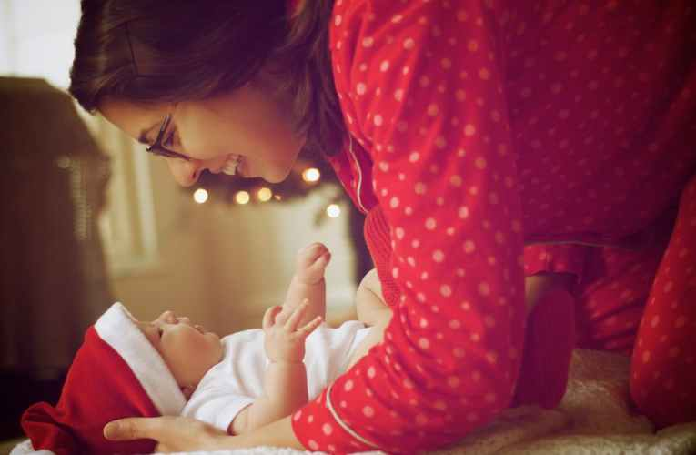 7 Popular Christmas songs for your kids