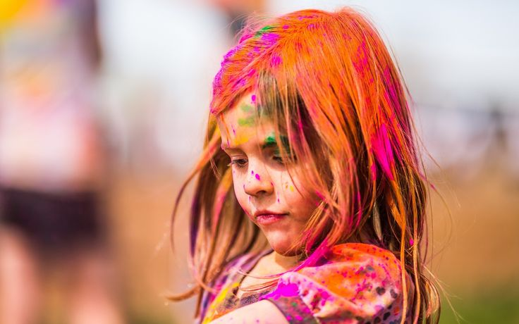 How to make DIY homemade Holi colors with your kids