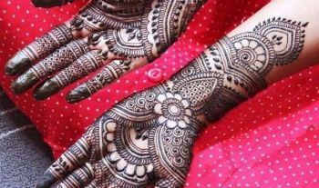 Top 20 Mehndi Designs For Karwa Chauth