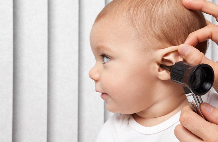 How to clean an infant's ear