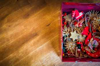 Celebrate Christmas at Home with Kids 07