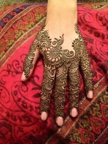 Mehndi designs for karwa chauth 34