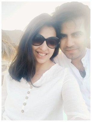 Real Mom - Neha Bhalla with her husband