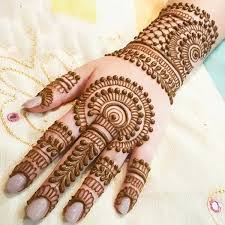 Beautiful mehndi on hand