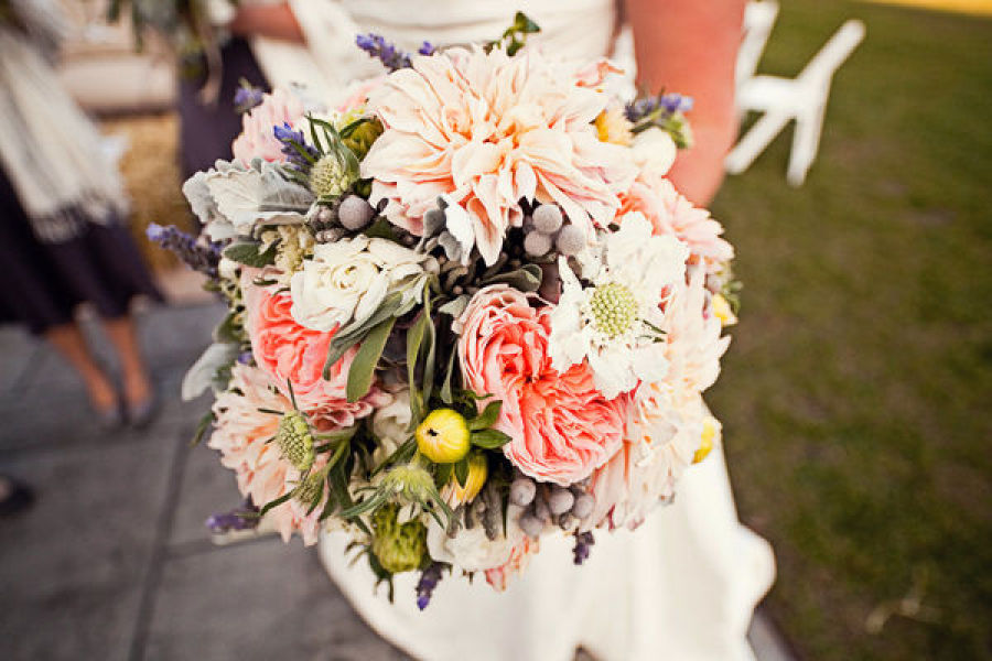 3 Interesting And Unique Wedding Bouquet Ideas The