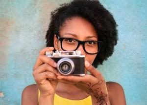 artist taking photo