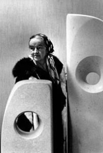 """Barbara Hepworth ( Henry Moore's creative rival).""Photo © ERLING MANDELMANN, 1966. Hepworth and Moore had a productive creative rivalry"