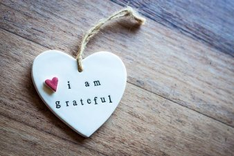 """heart that says """"I am grateful"""". Feel good files keep us in gratitude"""