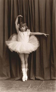 ballet dancer mentor photo for writing ritual post