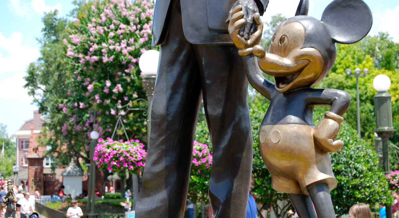 How to Plan the Ultimate Walt Disney World Trip for Adults | The Charming Detroiter