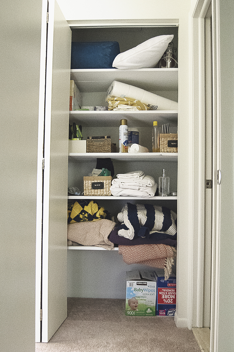 Diy Linen Closet Organization The Charming Detroiter