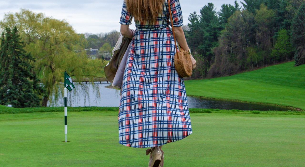This beautiful wrap summer dress is the perfect affordable option for any wedding or baby shower guest this season, and it pairs perfectly with a straw bag!