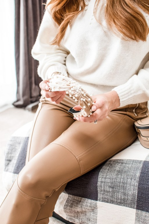 I'm pairing the cutest pearl sweater with my favorite leather leggings for a super stylish yet cozy winter look straight from the high street!