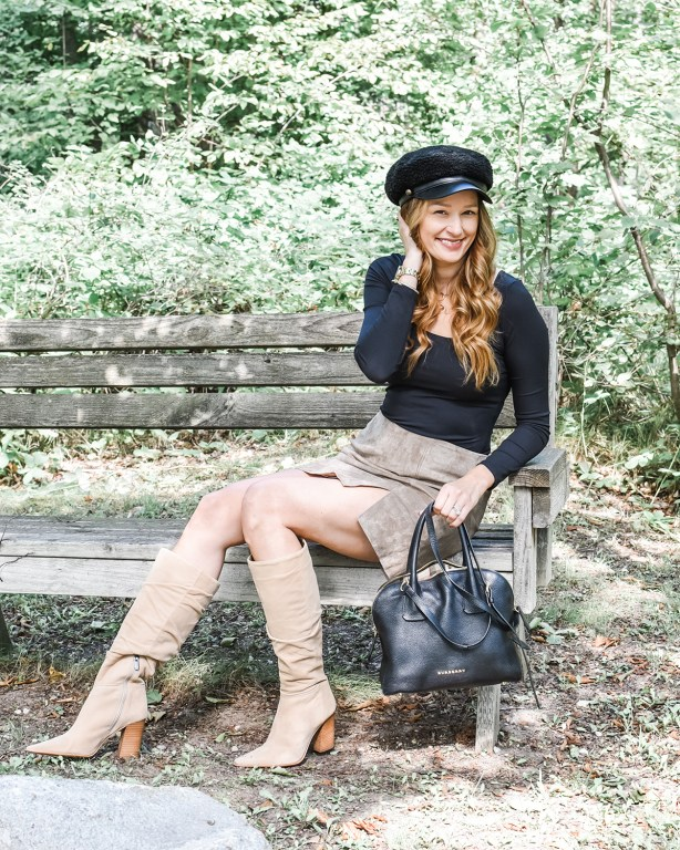 This fall leather skirt is the perfect statement piece for all your autumn looks! It pairs equally well with a chunky sweater as it does with a bodysuit!