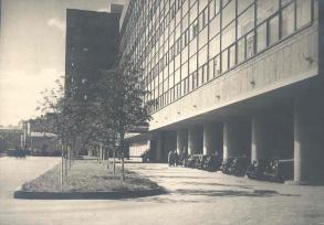 Le Corbusier and Nikolai Kolli, Tsentrosoiuz (completed 1933)