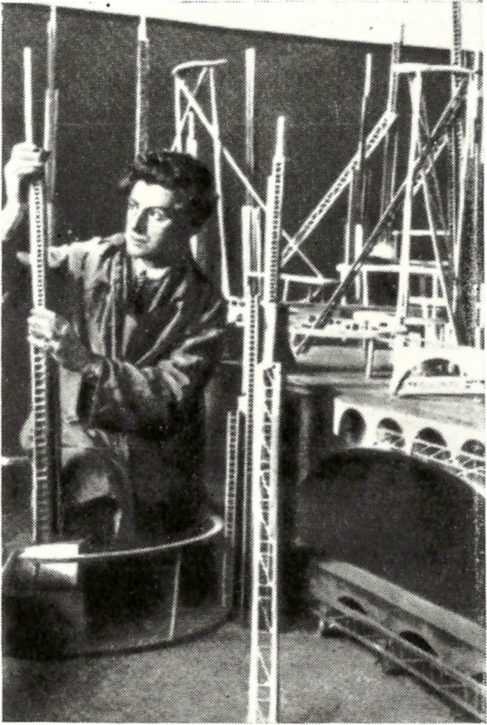 Building the constructivist set for Aelita (1924)