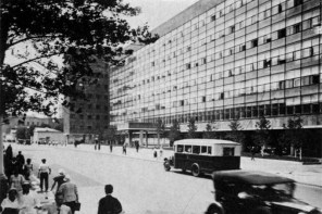 Corbusier's Tsentrosoiuz building in Moscow, 1937