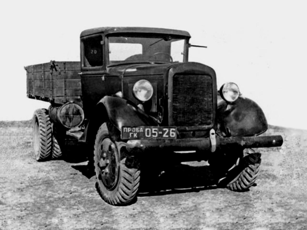 На его базе в 1933 году под руководством конструктора Ю.Н. Сорочкина был создан пикап ГАЗ-4