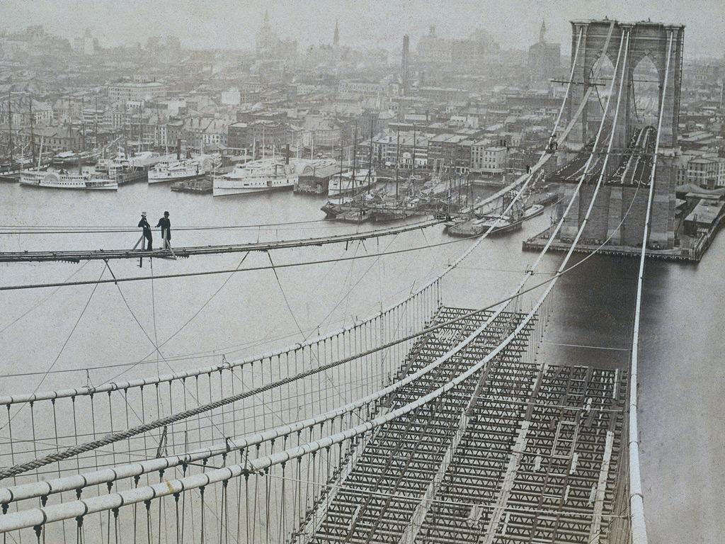 Brooklyn bridge workers 1914, photo by Salignac