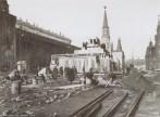 Красная площадь Строительство второго (деревянного) Мавзолея В.И. Ленина. Мы думаем, что снимок сделан в 1924 году