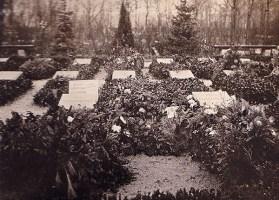 Graves of Karl Liebknecht and Rosa Luxemburg, Friedrichsfelde Cemetery, 1919