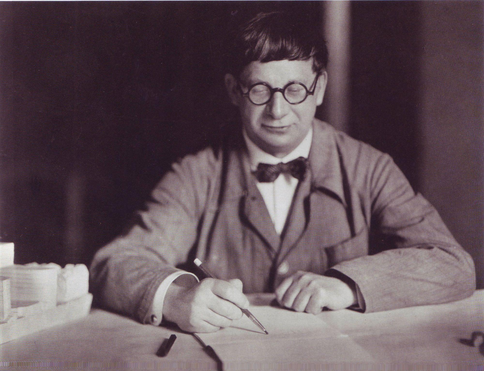 Hans Poelzig in 1927