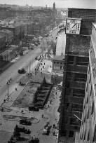 Вид на Садовое кольцо в сторону Сухаревки со строящегося, хорошо известного здания НарКомЗем ак. Щусева. Дата снимка ориентировочно 1933