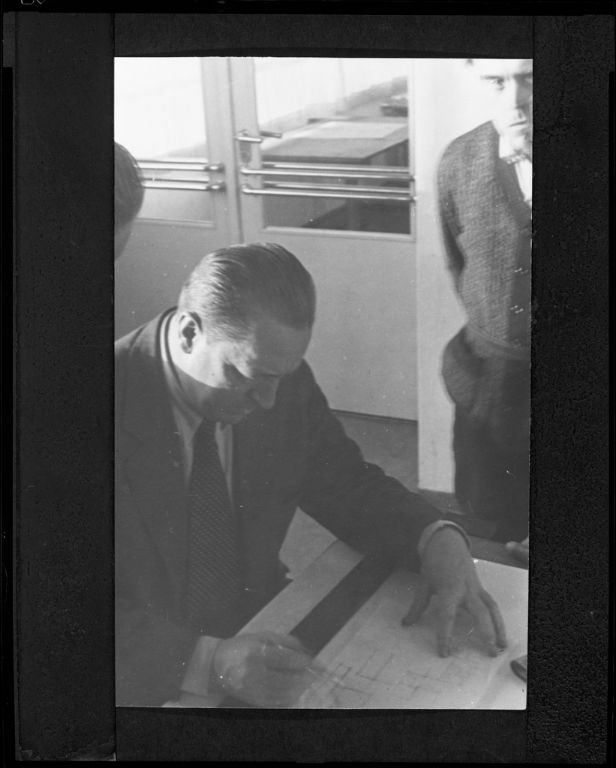 Pius Pahl German (1909 - 2003) Ludwig Mies van der Rohe with Students at the Bauhaus, Dessau, 1930-1931 Photograph German, 20th century Gelatin silver print image- 16.9 x 11 cm (6 5:8 x 4 5:16 in.)
