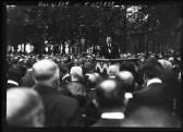 4-8-14, obsèques de Jaurès, discours de Bracke - [photographie de presse] ...