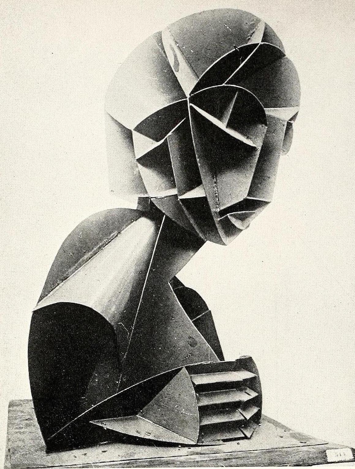 Naum Gabo, bust (1916), plastic
